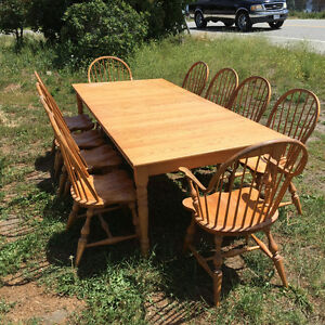 Beautiful Ash Table & 10 Chairs
