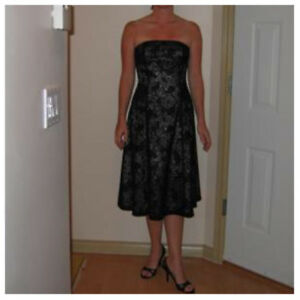 Cocktail Dress, White House/Black Market, Size 6 - new price