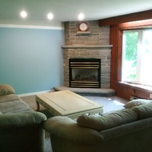 1 or 2 Bedrooms Available Walk to U of G and Downtown Guelph!