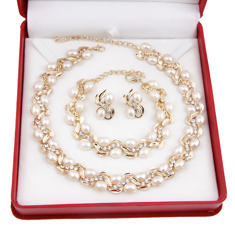Fashion White Pearl Necklace Earring Set 18K Gold Plated Rhi
