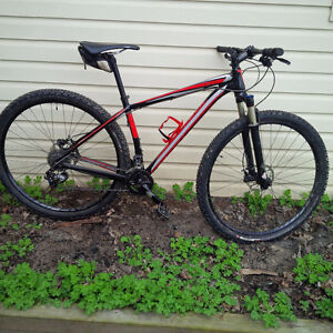 "29"" SPECIALIZED STUMPJUMPER"