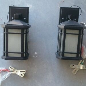 Outdoor Lighting - Garage Lights