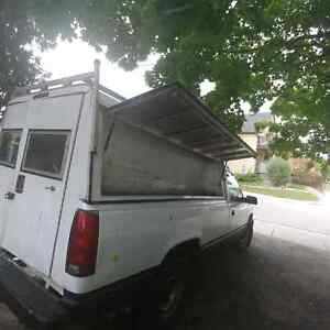 8 foot truck cap with tool box and keys Kitchener / Waterloo Kitchener Area image 1