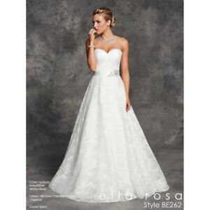 Wedding Dress $750 OBO