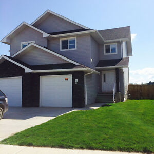 Large Family Home in Upscale Neighbourhood