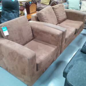Suede brown 2 pc sofa set in mint condition