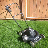 Black & Decker 18inch Electric Lawn Mower
