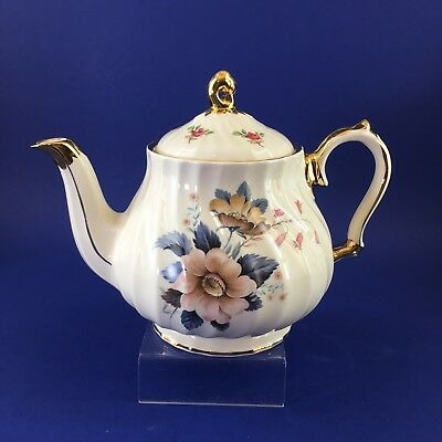 Beautiful White Floral Sadler Vintage 5 cup Pottery Teapot England English Tea