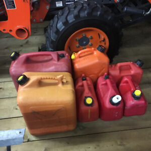 LOT Bidon Essence Gaz Gas Jerry Can Tanks Gerry