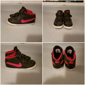 Nike air shoes. size 10 toddler