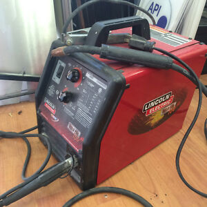 Lincoln Electrical welding machine