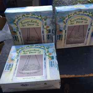 Lawn & garden sprinklers,ornaments and accessories $10-$25 Kingston Kingston Area image 9