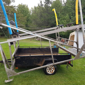 Naylor A30 Cantilever boat lift.