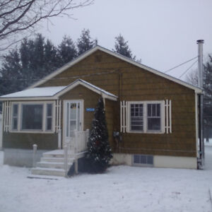 Cozy 2 Bedroom House For Rent in Wilmot - Available Feb.1st