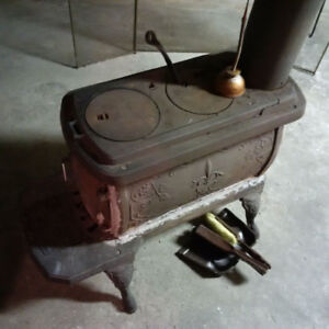 Cast Iron Stove  - working condition!