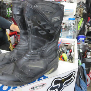 Nitro Motorcycle Boots Size 10 ONLY $40 Re-Gear Oshawa