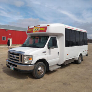 2011 Ford F350 Bus