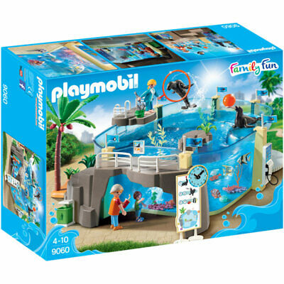 PLAYMOBIL Aquarium - Family Fun 9060