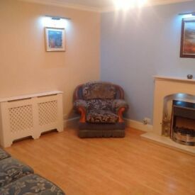 3 COOL ENSUITES AVAILABLE IN NICE 3 BEDROOM HOUSE IN COLINDALE/WEST HENDON - NW9 7HP