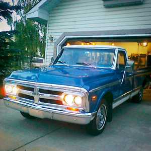 PRICE REDUCED $8000 FIRM '70 GMC 1/2 T 402 BB Under 50000 miles