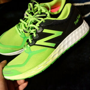 NEW - New Balance Shoes Men's Size 11