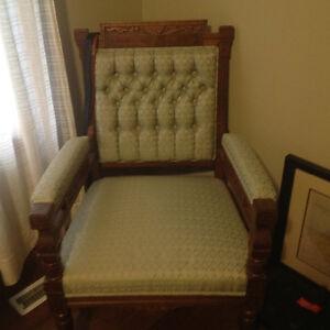 Antique settee & chair Belleville Belleville Area image 2