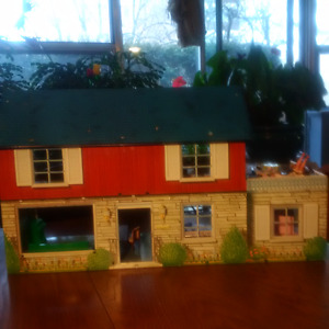 Vintage Doll House - 1950's Marx