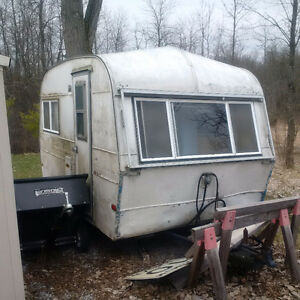 1975 Thompson travel trailer