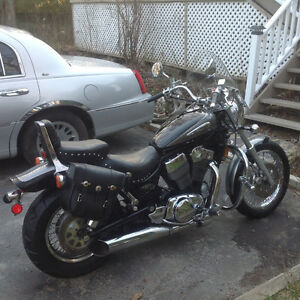 2002 Suzuki Intruder in amazing condition