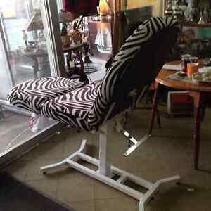 Nice Massage/Salon/Type Lounge Chair Adjustable $80