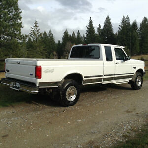 WHAT A TRUCK.  1998 Ford 250 supercab 7.3 diesel 4x4