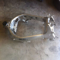 2000 GSXR Frame with Clean Title