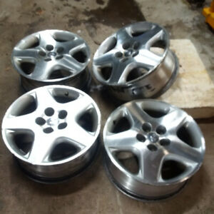 """17""""x7"""" with 45 offset Infinity rims aluminum. 5 x 114.3 mm"""