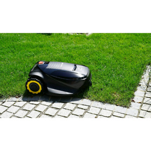 BNIB SEALED CUB CADET XR2 1000 ROBOTIC LAWN MOWER