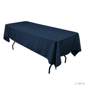 23 navy rectangle tablecloths and 1 round