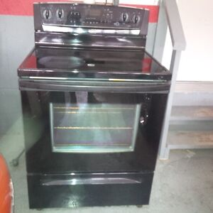 Whirlpool Black Smooth Top Convection Stove