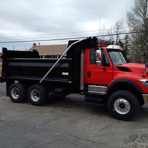 DUMP TRUCK FOR SALE - 350 MAX FORCE
