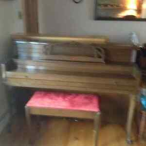 Mason&Risch Piano for sale -- In very good condition!