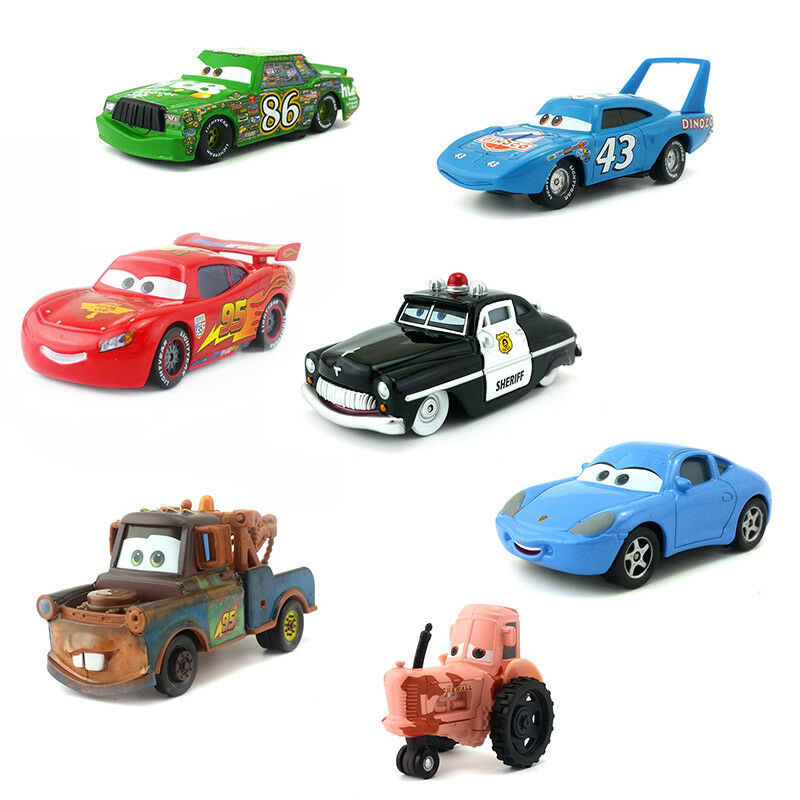 Disney Pixar Cars Lightning McQueen Mater King 1:55 Model To