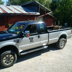 2008 Ford F-350 grey black Pickup Truck with v plow and salter