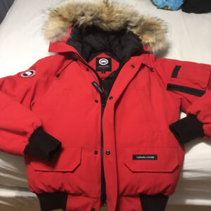 CANADA GOOSE for MEN size S