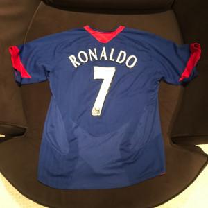 7e205dc013e Ronaldo  7 Manchester United Blue Away Jersey 2006-2007