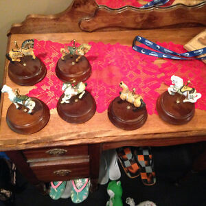 Carousel horse music boxes