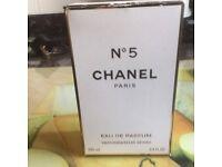 No 5 Chanel Paris Perfume