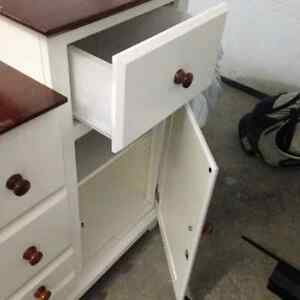 Table a langer - changing table dresser furniture West Island Greater Montréal image 2