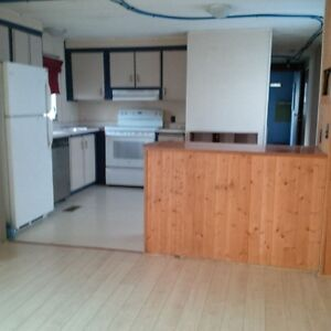 PRIVATE SALE: Mobile Home in Yellowknife Yellowknife Northwest Territories image 2