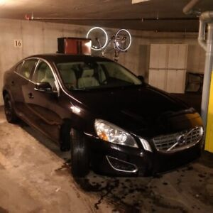 Volvo S60 T5 AWD IMPECABLE