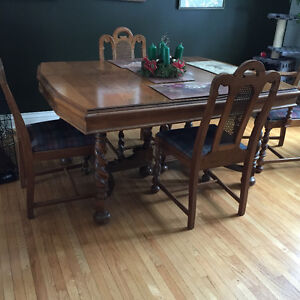 Antique Dining Table with 6 chairs & buffet