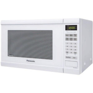 Used Panasonic White 1200W 1.2 Cu. Ft Countertop Microwave