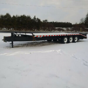 price dropped like new 25ft flat deck 10 ton trailer